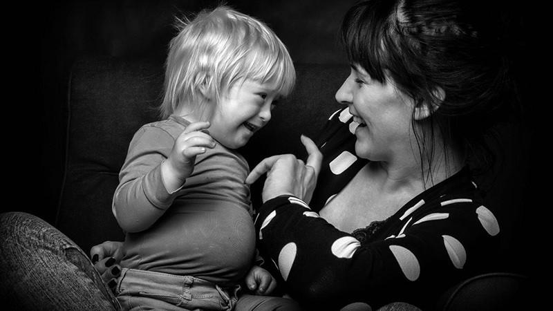 """Eine Mutter sagt """"Ja"""" zu ihrem behinderten Kind"""